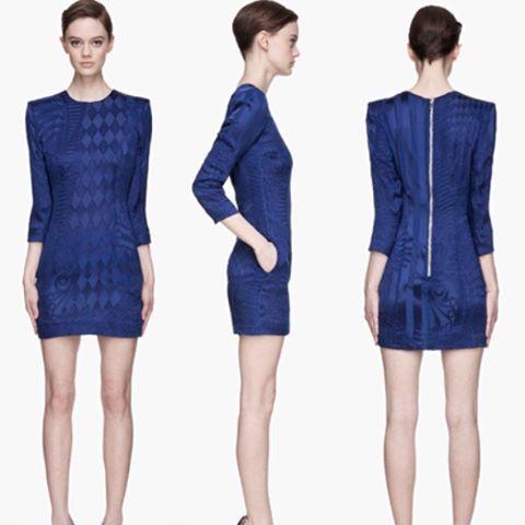Balmain Fever: Vestido curto azul bic lindo na #specialsalemares!! 70% off!!  Ultimos dias!! #maresmguia #balmain #sale