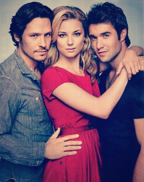 Revenge Nick Wechsler, Emily VanCamp and Joshua Bowman (Jack, Emily and Daniel)