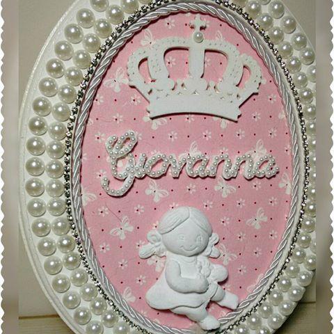 Porta maternidade da princesa  Giovanna,  pérolas com Strass. Entregas para todo Brasil. #portamaternidadepersonalizado #portamaternidade #enxoval #enxovaldemenina #maedeumaprincesa #maedemenina