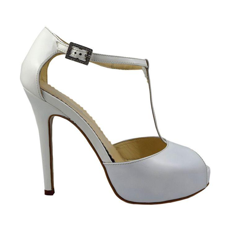 Sandale din piele alb lac