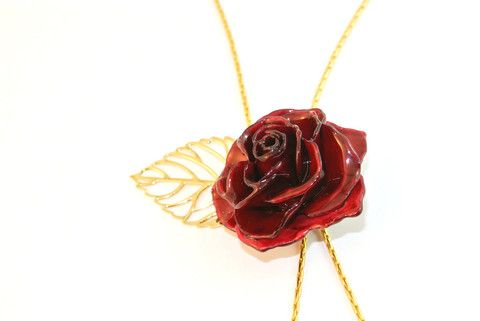 Tussel Rose Necklace Sarah Blue real flower jewellery collections