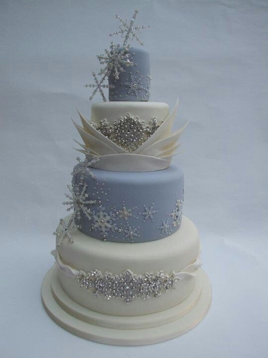BLUE AND WHITE SNOWFLAKE Cake With Bling