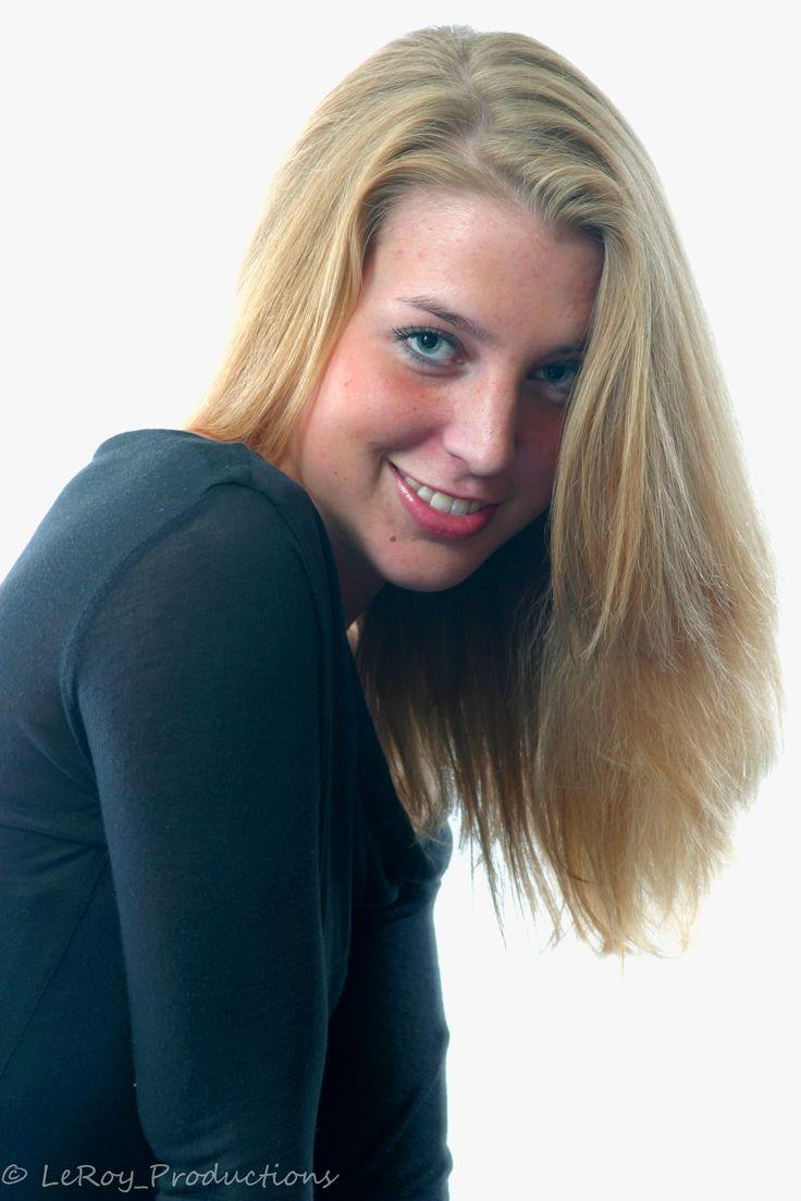 Christy Love Wig 43