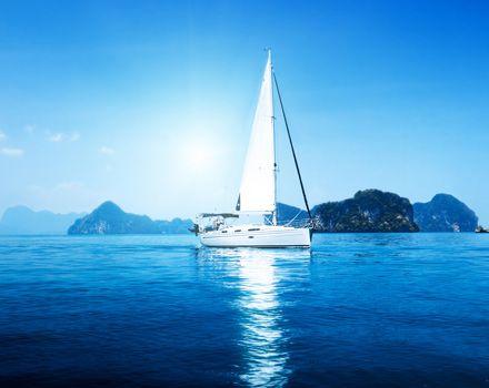 Viaggio in barca a vela