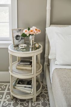 Guarantee you have access to the best side table inspirations to decorate your next interior design project - What kind of stool do you need? Tall? Short? Wide? Narrow? Kind of tranparent or Opaque?  Find it at http://www.maisonvalentina.net/