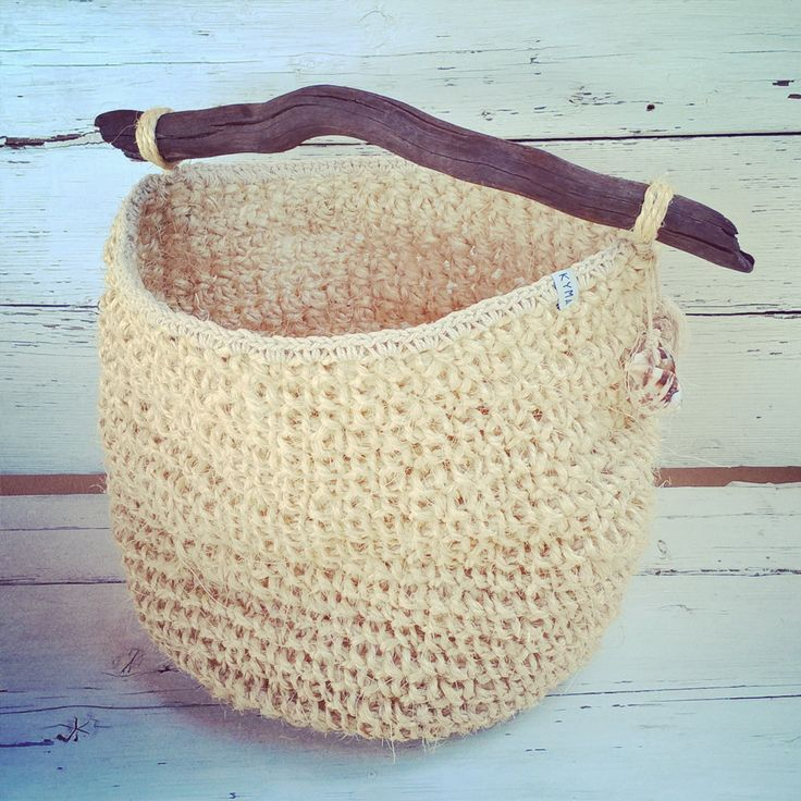 Handmade Sisal Crochet Basket Driftwood Korb Treibholz ~ Boho Style Bohemian Design ~ http://kymastyle.wordpress.com ~ Dawanda Shop: http://dawanda.com/shop/kymastyle