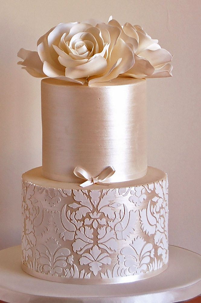 18 Elaborate Fondant Flower Wedding Cakes ❤ See more: http://www.weddingforward.com/fondant-flower-wedding-cakes/ #weddings #cakes