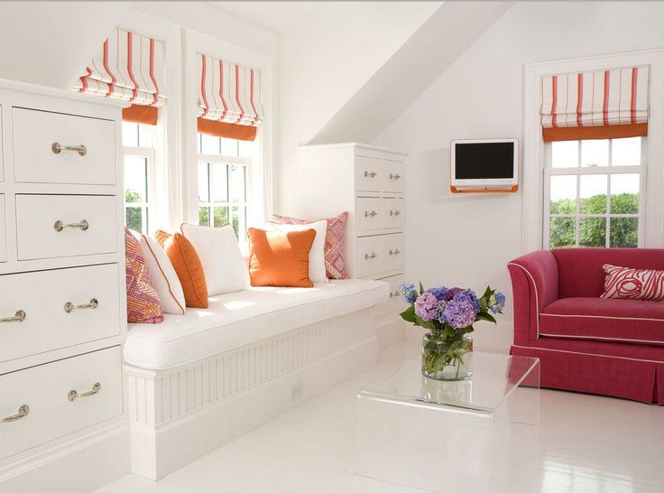 cool storage ideas the built in drawers around dormer.  No wasted space.  could see in bonus room above the garage