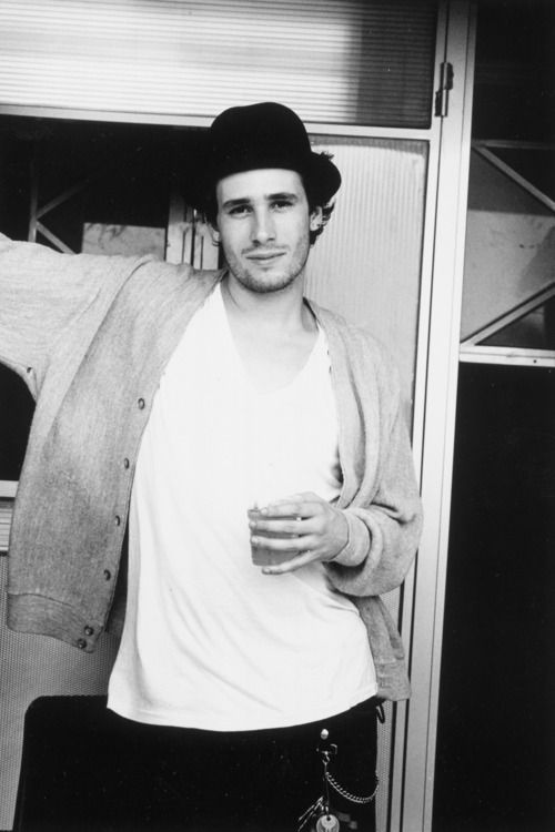 Jeff Buckley was amazing, beautiful, and we have the same writing style. So melancholy and sad, yet so poetic and passionate. Gone way too soon ❥❥
