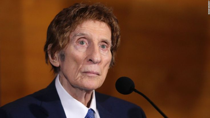 Those who knew Mike Ilitch, the Little Caesars founder and Detroit Tigers owner who died last Friday, have spent the past few days fondly remembering his impact on friends, on Detroit residents, and on the sports community.