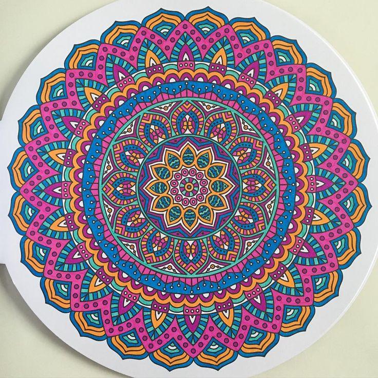 #kleurenvoorvolwassenen #100creatiesmandala #limitededition…