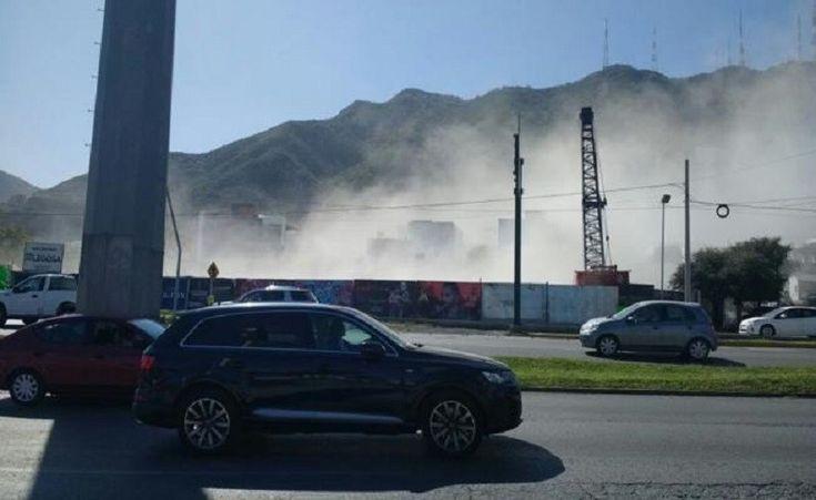 Construcción de estacionamiento provoca derrumbe de tres casas en Mty.; hay 2 personas desaparecidas | El Puntero