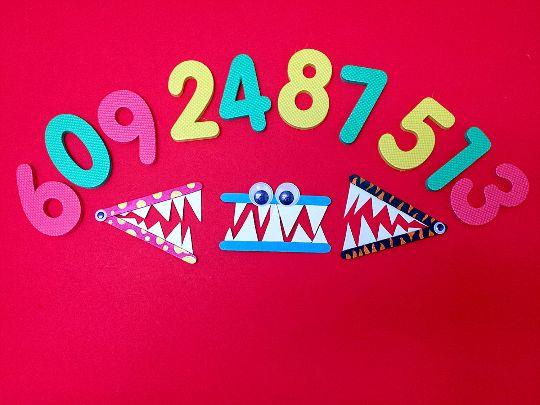 Math alligators more less equal