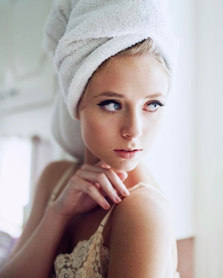 Beautiful Portrait Photography by Ellen Belle Hansen #inspiration #photography