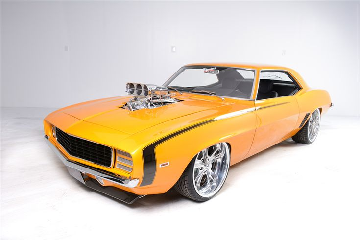 1969 CHEVROLET CAMARO RS/SS CUSTOM COUPE: Custom-built 1969 RS/SS Camaro with a Dart Little M 400ci Chevy motor, 871 Weiand blower, Enderle bird-catcher hat and 200 shot of NOS. It has all been setup...
