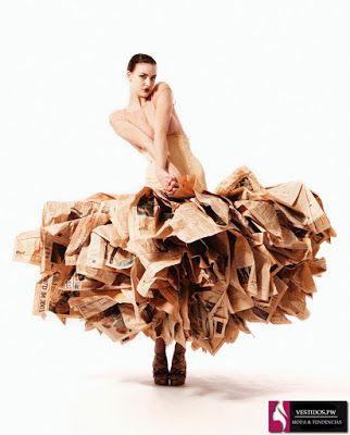vestidos reciclados de papel periodico