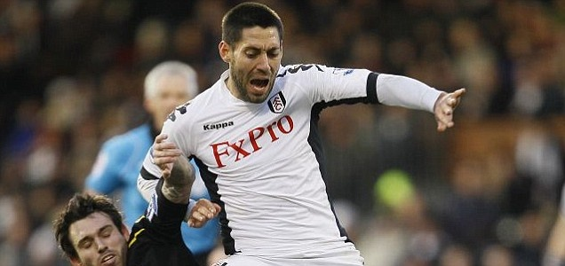 Sunderland are hopeful of beating Liverpool to the signing of Clint Dempsey after opening talks with Fulham over a transfer.