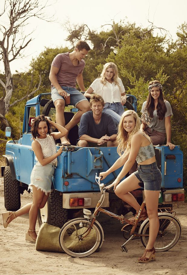 Neighbours' young cast in stylish new photoshoot