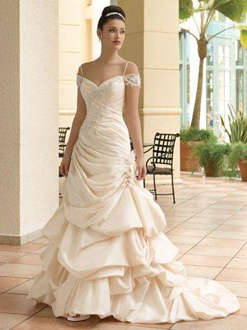 Robes de mariage : Demetrios Sposabella
