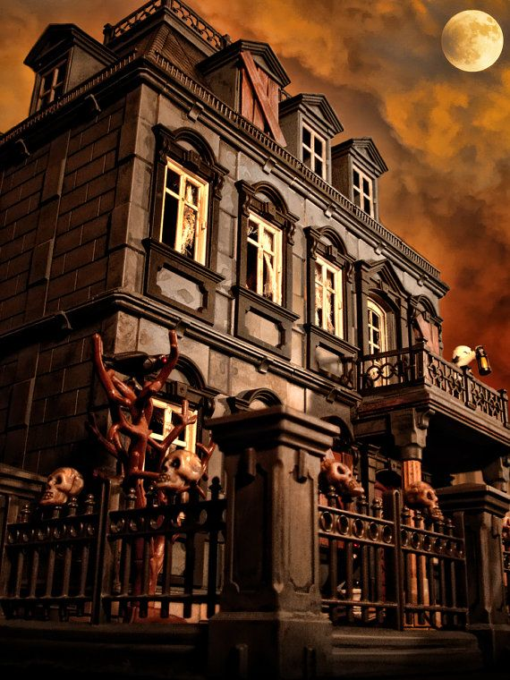 Playmobil!: Haunted Halloween, Dolls Houses, Mansions 5300, Haunted Houses, Haunted Mansions, Haunted Dollhouses, Halloween Victorian, 5300 Custom, Playmobil Haunted
