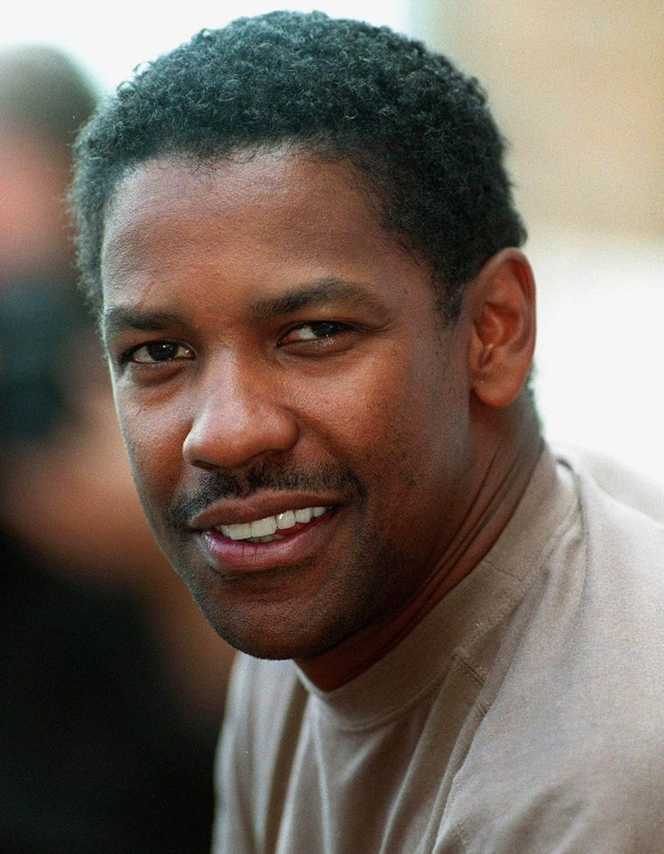 Denzel Washington - played in raining Day, Glight, American Gangsters, Man on Fire, Glory, The Book of Eli, Remember the Titans, Inside Men, Crimson Tide, John Q., Deja Vu, Philadelphia, Bone Collector, Courage Under Fire, The Siege, The Pelican Brief, Magnificent 7.