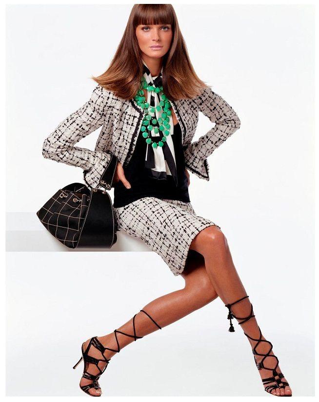 STEVEN MEISEL - CARMEN KASS US Vogue (December 2002)