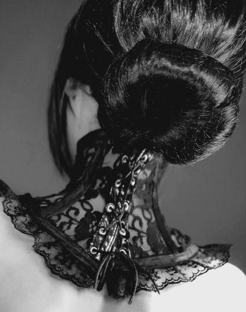 Um.. want.: Goth Girls, Nike Dunks, Shiny Hair, Neck Corsets, Fashion Woman, Collars, Fashion Accessories, Gothic Steampunk, Gothic Fashion