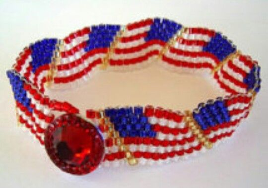 29 best patriotic earrings images on pinterest bead for Patriotic beaded jewelry patterns