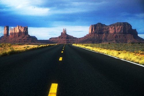 Monument Valley, Utah- 1,000 feet in air/ 4 Corners/ Gouldine's Lodge/ myths & legends/ local Navajo guide/ Tribal land- need to go via tours
