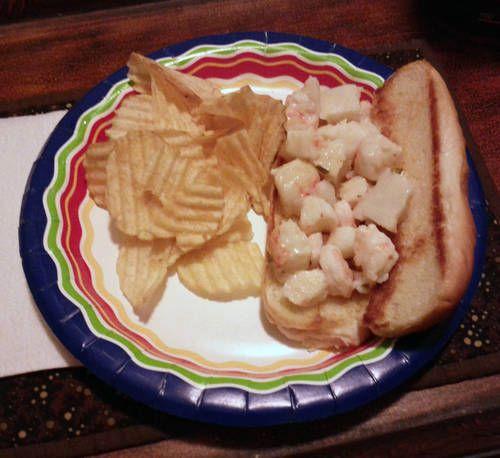 Bertie Bott's Lobster Bean: Connecticut Style Lobster Roll by Mistress ...