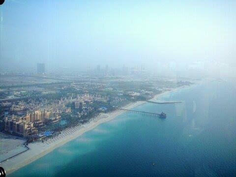 pemandangan dari lt.127 Burj Al Arab Sky View Bar!