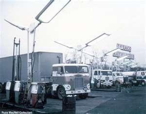 Russ MacNeil Vintage Truck Pictures