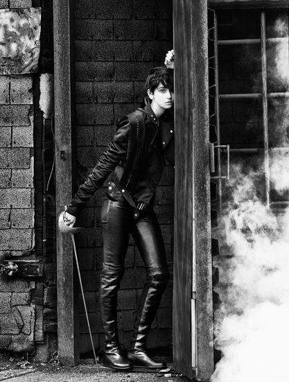 cecilia mendez: Cecilia Mendez, Fashion Men, Bad Boys, F2W Leather, Character Inspiration, Leather Clothing, Leather Men, Gay Boys, Leather Pants