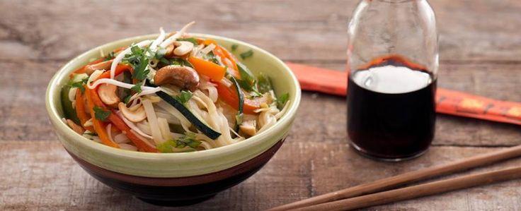 Spaghetti di riso con verdure........Per la ricetta consultate il mio sito oppure scrivetemi nei commenti!