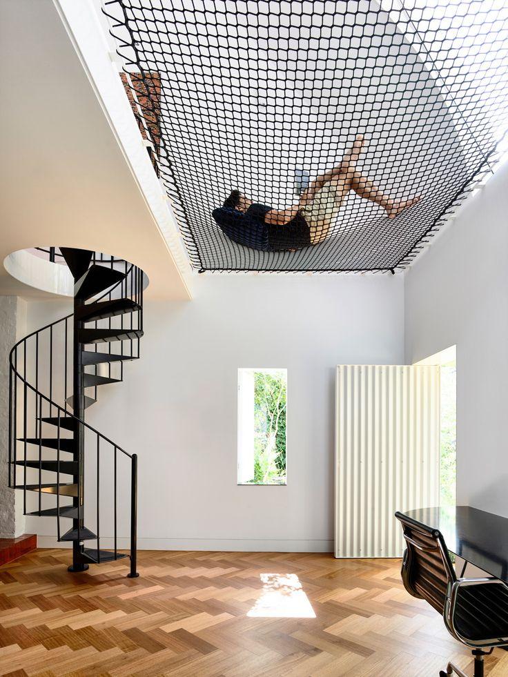 Swing in Melbourne – Wohnhauserweiterung von Austin Maynard