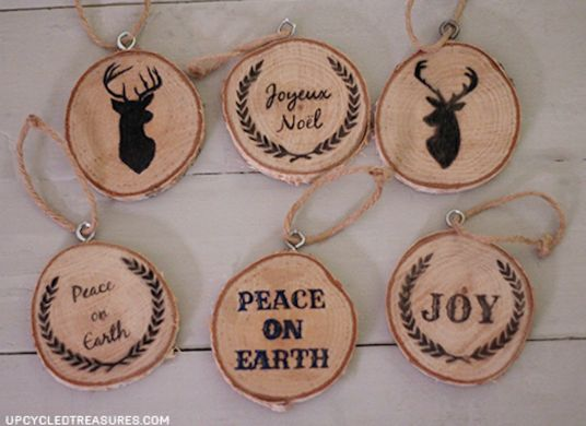 Holiday wood slice ornaments - use pen or wood burning for a finished look