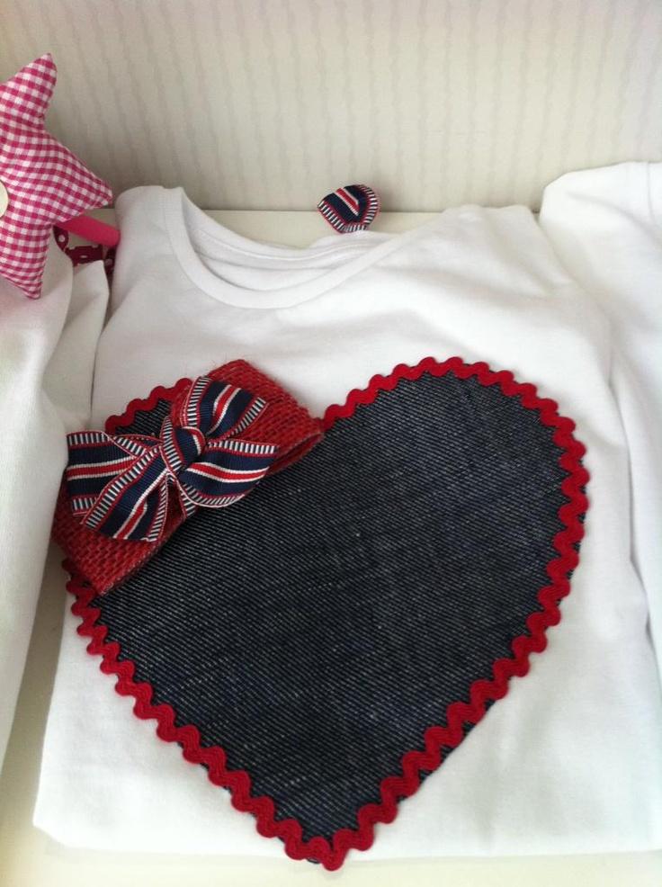 Camiseta corazón vaquero
