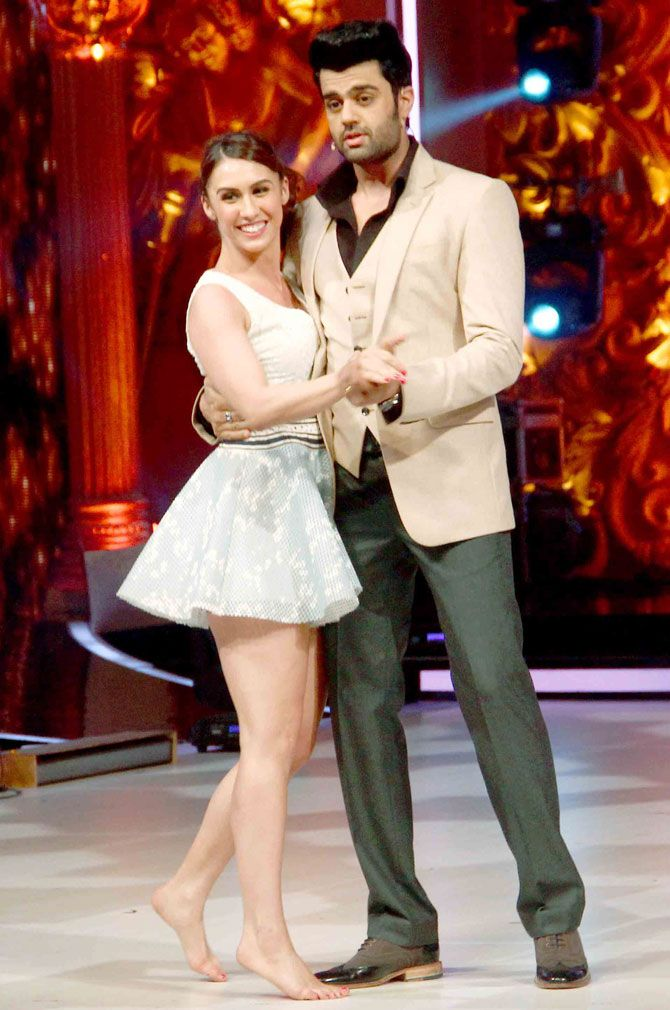 Lauren Gottlieb and Manish Paul on 'Jhalak Dikhhla Jaa Reloaded'. #Bollywood #Fashion #Style #Handsome #Beauty #Sexy #Hot