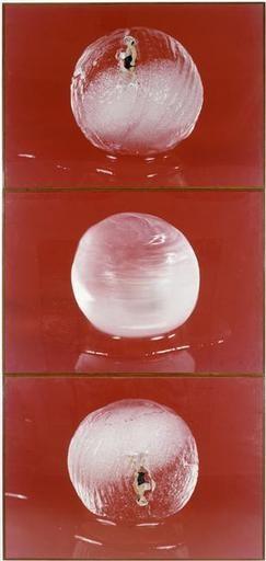 Patrick Tosani, Le marcheur, 1982 - 1983. Ses premières séries sont des métaphores de l'acte photographique et de ses instants décisifs.