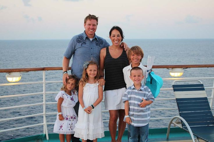 Chip and Joanna with their four children