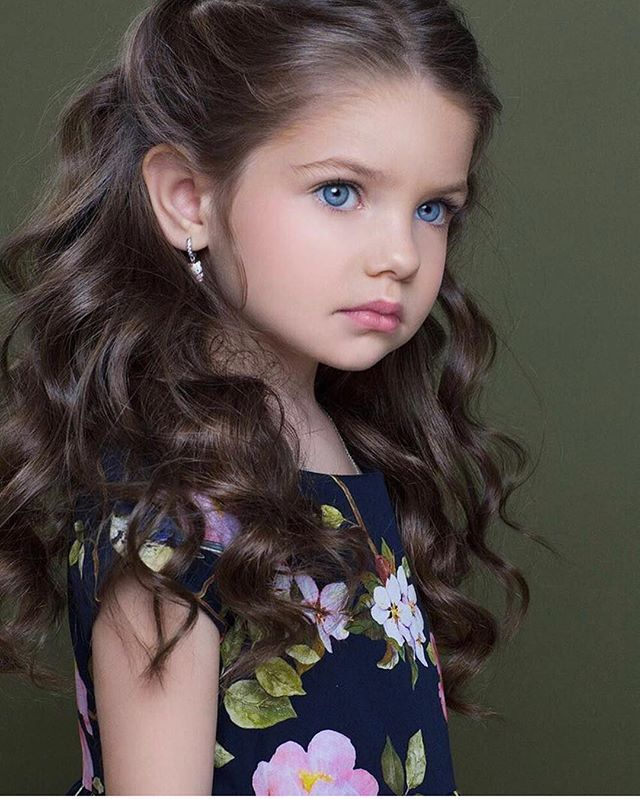 Instagram media by fashionzine - So Cute via @fashion_cosmopolitan By @dasha_shipshiley #cute #inspo #instapic #amazing #perfect #instalike #instalove #inspiration #photooftheday #beauty #fashion #fashionzine #fashionable #fashionblog #fashionista #fashionpost #fashionblogger #love #girl #goals #style #stylish #kidswear #kids #kidsfashion