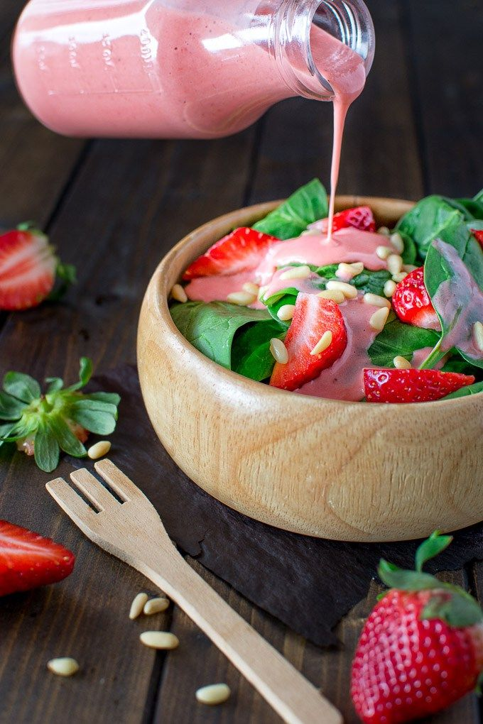 Simple Spinach And Strawberry Salad Recipe White Wine Vinegar Dressing And Strawberry Salad