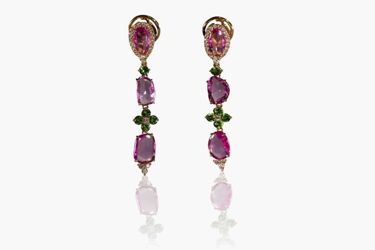 Earrings in 18 Kt rose gold with natural Fancy pink sapphires 8.34 ct, tzavorite 1.26 ct and white diamonds 0.62 ct