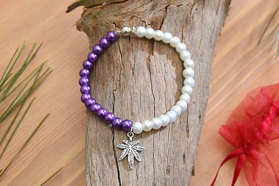 6mm White & Purple Pearl Beads Leaf Bracelet Pearlized