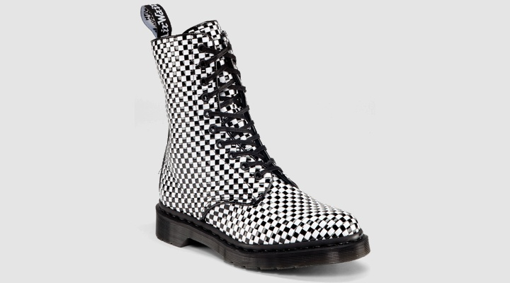 Dr Martens AVERY BLACK+WHITE INTERWEAVE PU WOVEN - Doc Martens Boots and Shoes