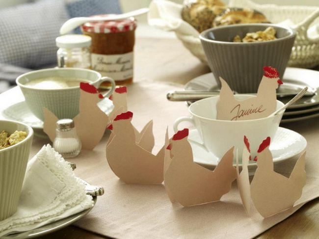 origamis formes poules pour déco table Pâques