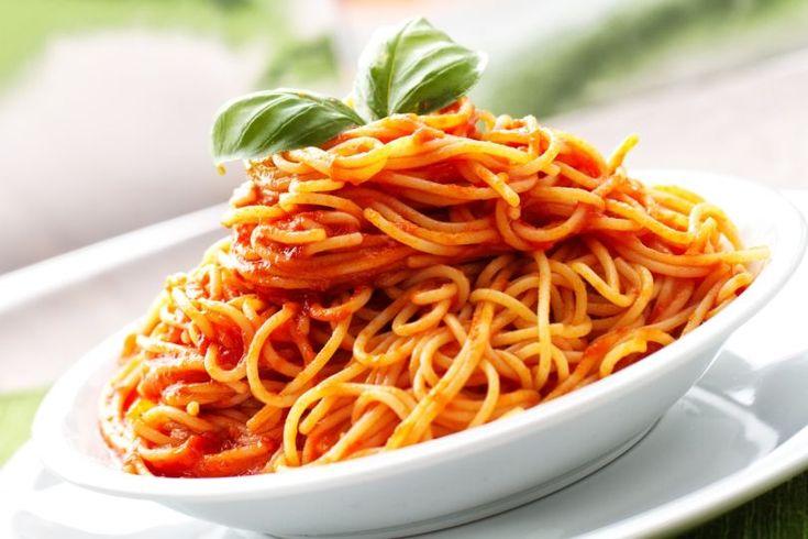Špagety s rýchlou omáčkou zo sušených paradajok | Recepty.sk