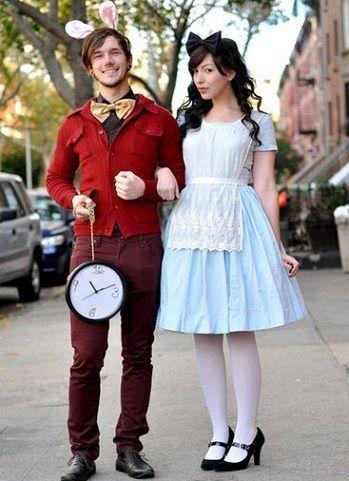 8-disfraces-caseros-para-parejas-alicia. http://mm.disfracesycarnaval.es/uploads/disfraces-parejas/8-disfraces-caseros-para-parejas-alicia.jpg