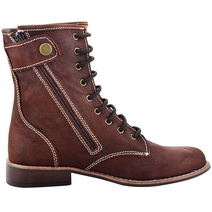 Buy Famous Kanpur Made - Leather Shoes For Men & Women Online Offer Prices At Your Doorstep on fameincity.com
