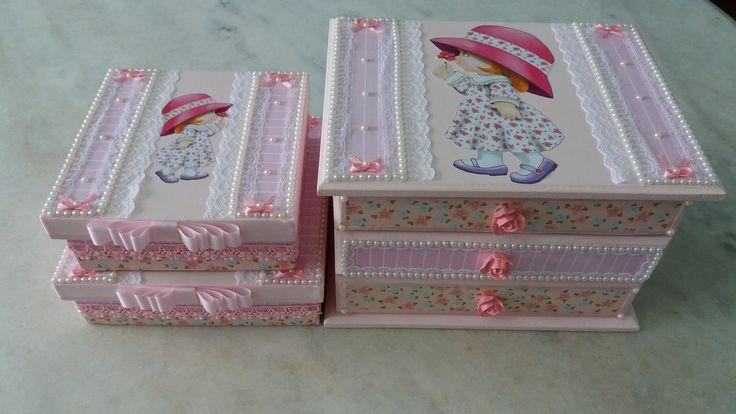 Conjunto caixas e mini gaveteiros infantil www.elo7.com.br/esterartes